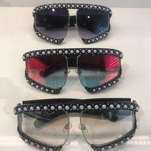 Accessories - Celebrity Status Sunglasses * NEW *